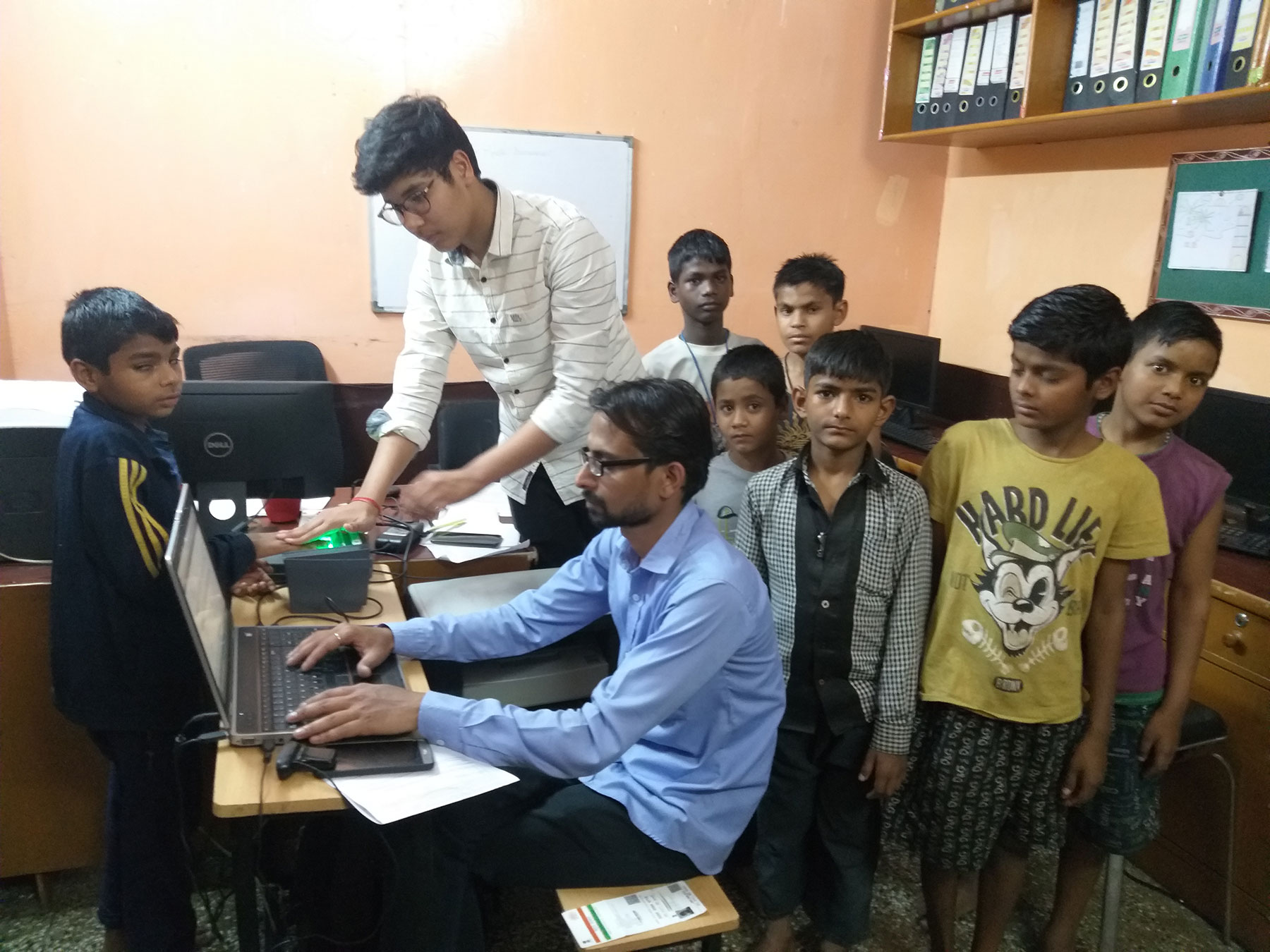 Aadhaar Enrolment of kids at Salaam Baalak Trust,New-Delhi